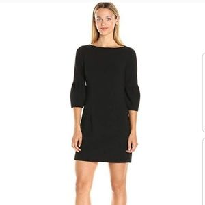 Black Halo Mooreland 3/4 bell sleeve Shift dress 2